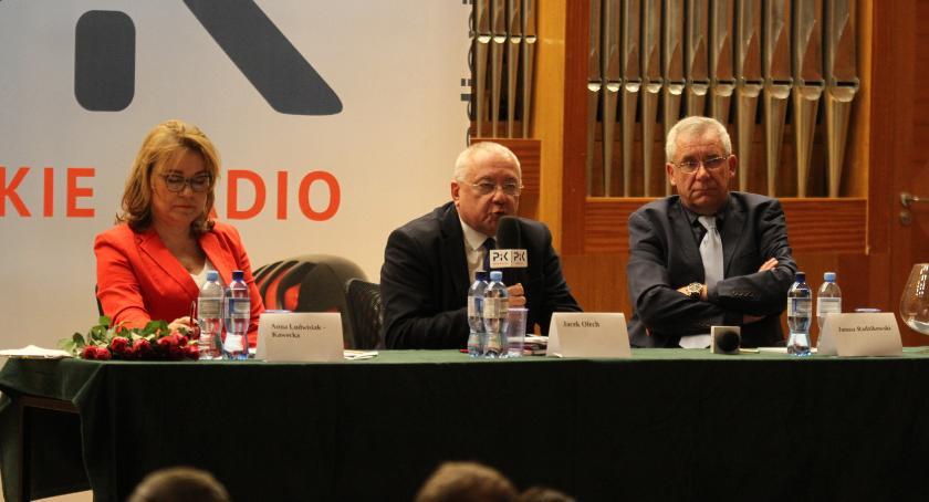 wybory, Mocno niekompletna radiowa debata prezydencka - zdjęcie, fotografia