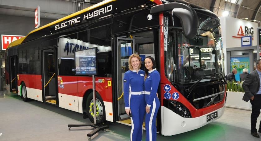 Gospodarka, Inowrocławski autobus międzynarodowych targach - zdjęcie, fotografia