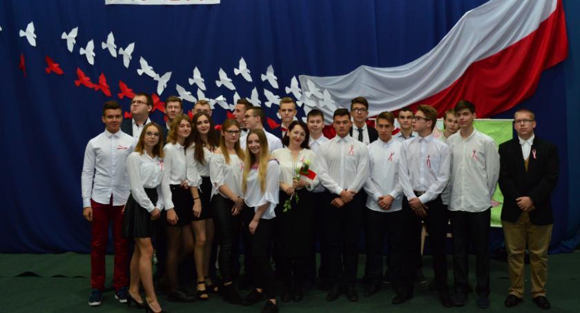 ponadgimnazjalne, świętujemy lecie odzyskania niepodległości! - zdjęcie, fotografia