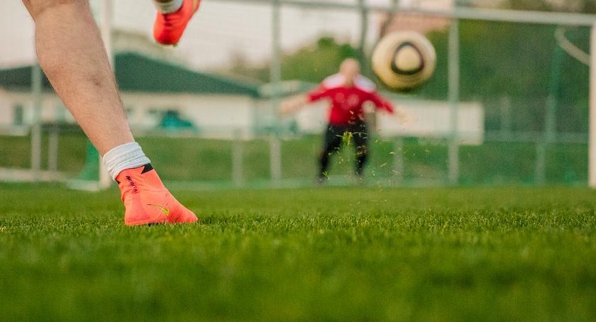 Piłka nożna, Goplania wygrywa Cuiavia minus - zdjęcie, fotografia