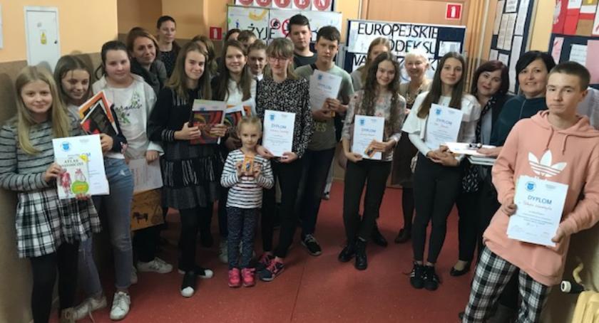 szkoły podstawowe, żyją zgodnie zaleceniami Europejskiego Kodeksu Walki Rakiem - zdjęcie, fotografia