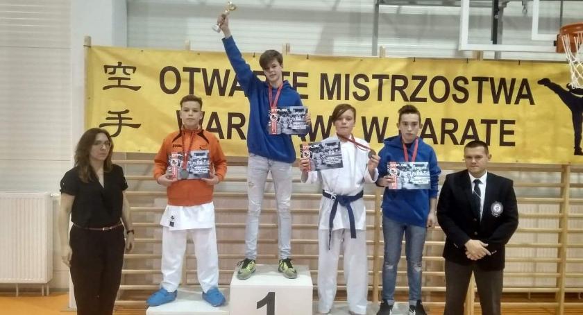 Sporty walki, Mistrzostwa Warszawy Karate - zdjęcie, fotografia
