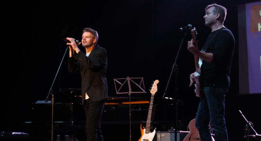Koncerty, Ponownie zagrali chorego Kubusia - zdjęcie, fotografia
