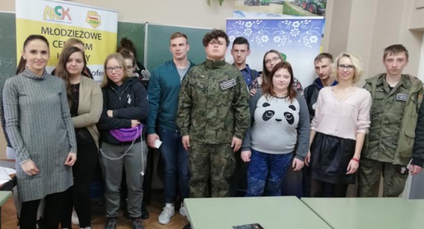 ponadgimnazjalne, Spotkania młodzieży Kościelcu ramach programu Otwarta Firma - zdjęcie, fotografia