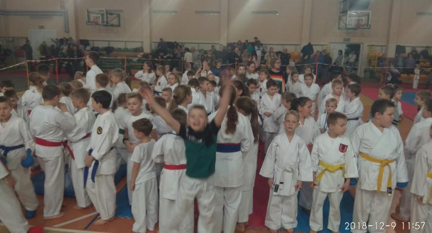 Sporty walki, Mikołajkowy Turniej Sztuk Walki - zdjęcie, fotografia