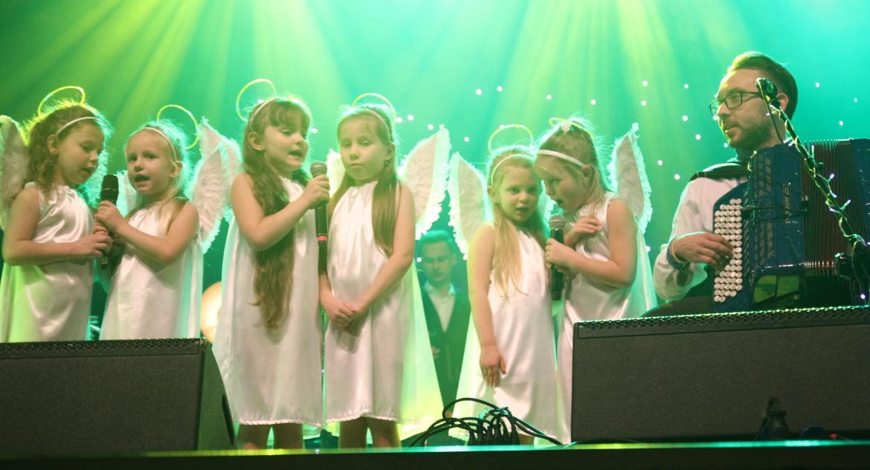 Koncerty, Kolędowy koncert rozgrzał inowrocławskie serca - zdjęcie, fotografia