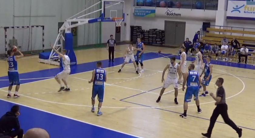 Koszykówka, Noteć pokonuje Biofarm Suchy - zdjęcie, fotografia