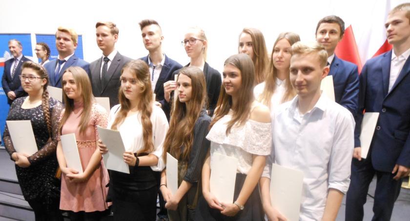 ponadgimnazjalne, Stypendystki Premiera - zdjęcie, fotografia
