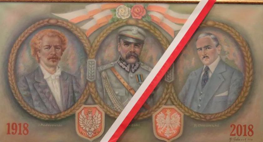 Wystawy, Pożegnali dyrektor muzeum odsłonili obraz - zdjęcie, fotografia
