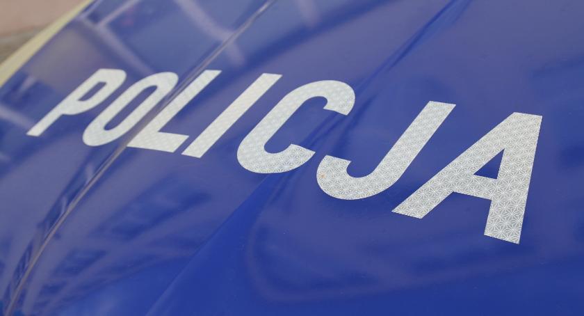 Komunikaty Policja, Policjanci uratowali desperata - zdjęcie, fotografia