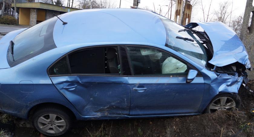 Wypadki drogowe , Wymusił pierwszeństwo drodze krajowej - zdjęcie, fotografia