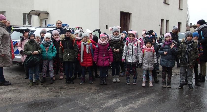 Komunikaty Policja, Nietypowi goście inowrocławskiej komendy - zdjęcie, fotografia