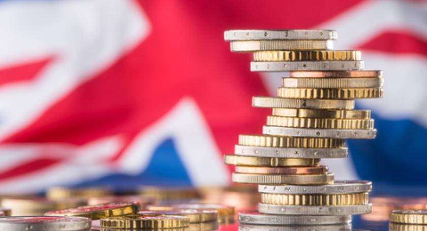 Gospodarka, znajomość języków obcych przekłada zarobki - zdjęcie, fotografia