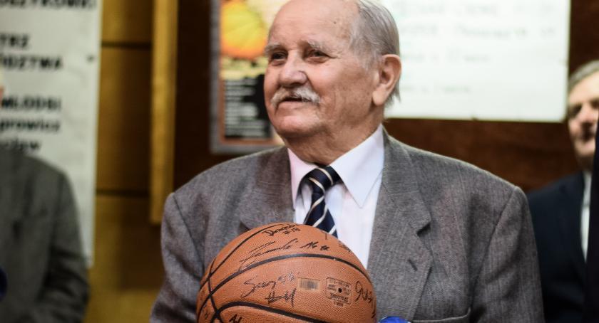 Koszykówka, turniej koszykówki Stefana Lewandowskiego - zdjęcie, fotografia