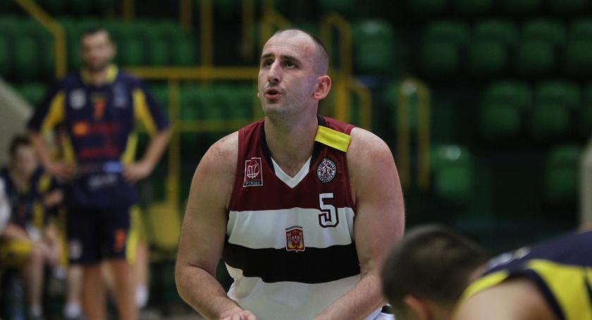 Koszykówka, miesięcy zawieszenia złotych Majera - zdjęcie, fotografia