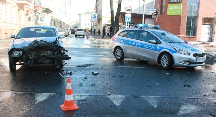 Wypadki drogowe , Wypadek śmiertelny Inowrocławiu - zdjęcie, fotografia