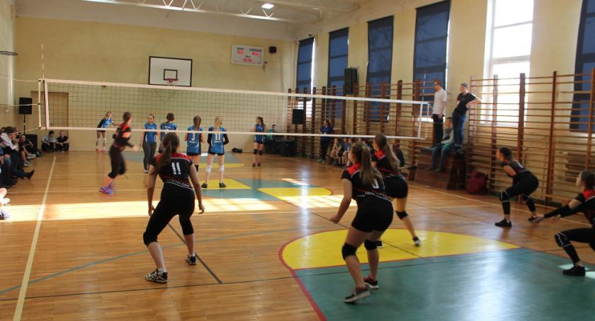 Siatkówka, Międzyszkolny Turniej Piłki Siatkowej Dziewcząt - zdjęcie, fotografia