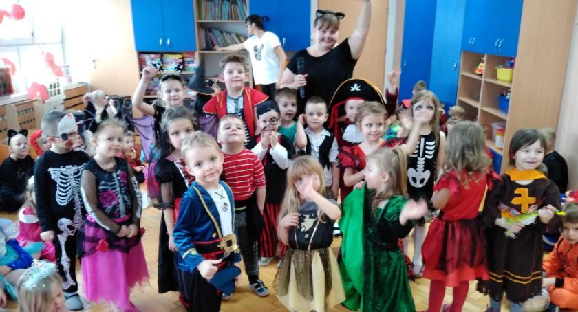 przedszkola, Karnawałowo Muzycznej Krainie - zdjęcie, fotografia