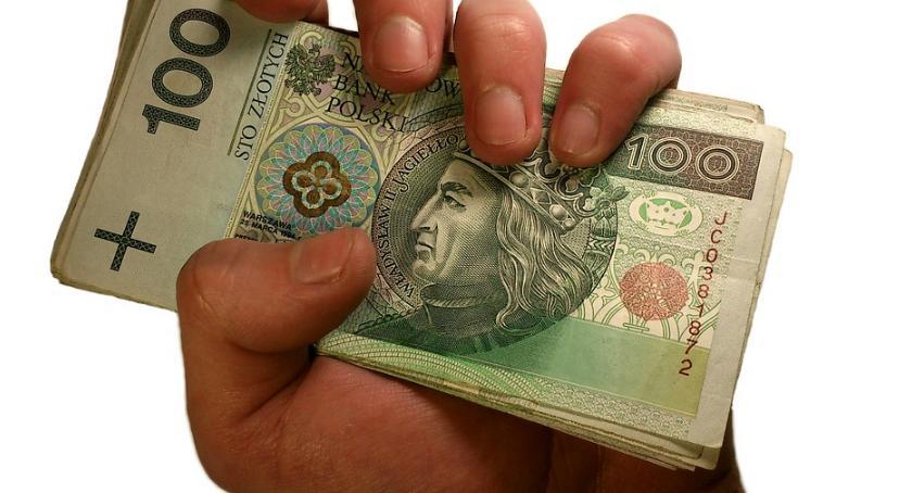 Gospodarka, Pierwsza darmowa pożyczka polega - zdjęcie, fotografia