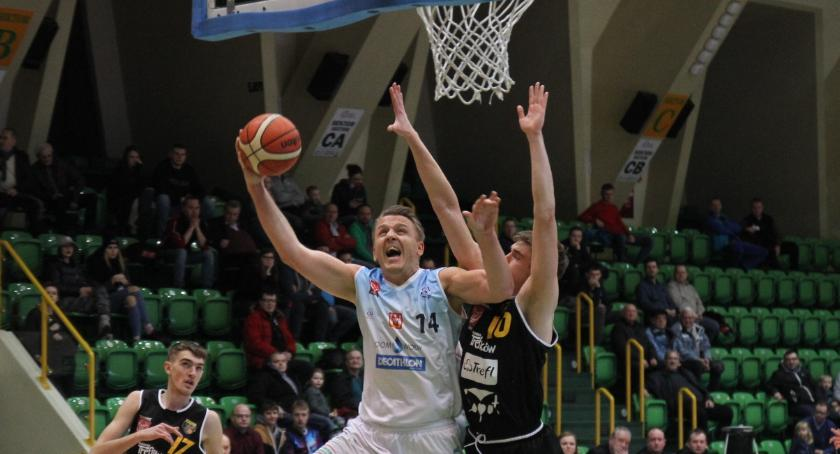 Koszykówka, Noteć wygrywa Treflem - zdjęcie, fotografia
