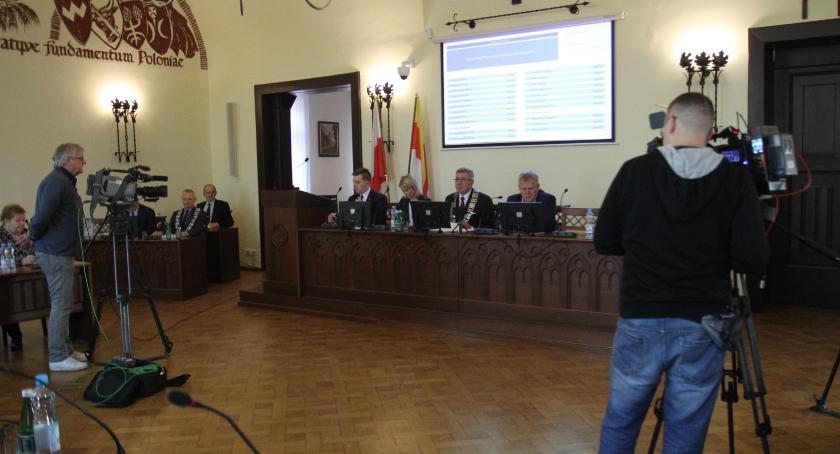 Samorząd, Zakończyła nadzwyczajna sesja Miejskiej - zdjęcie, fotografia