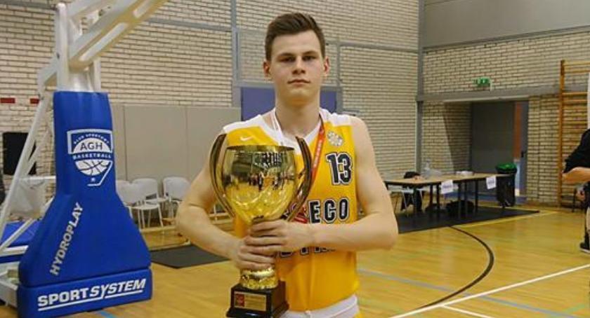 Koszykówka, Mateusz Stańczuk wicemistrzem Polski - zdjęcie, fotografia