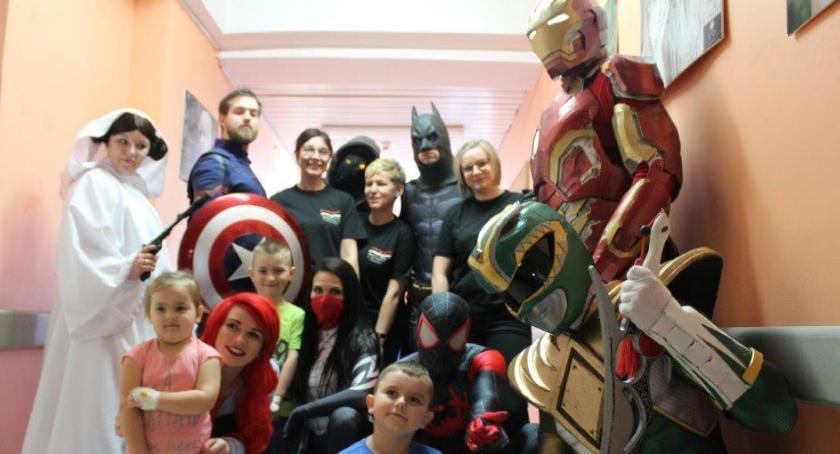Spotkania, Superbohaterów szpitalu - zdjęcie, fotografia