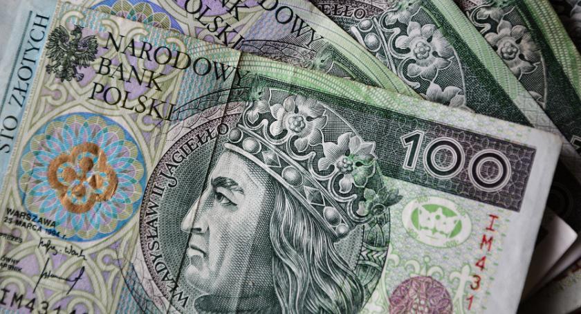 Gospodarka, Pożyczki online interesujące coraz większej liczby Polaków - zdjęcie, fotografia