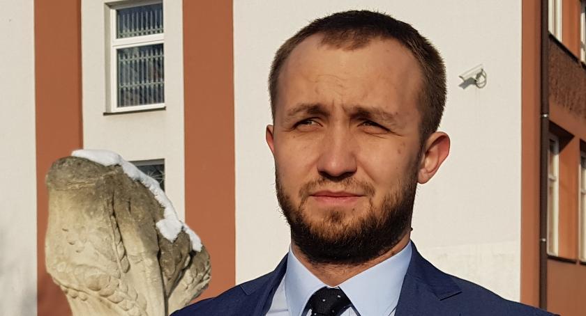 Samorząd, Radny Szota wydał oświadczenie - zdjęcie, fotografia