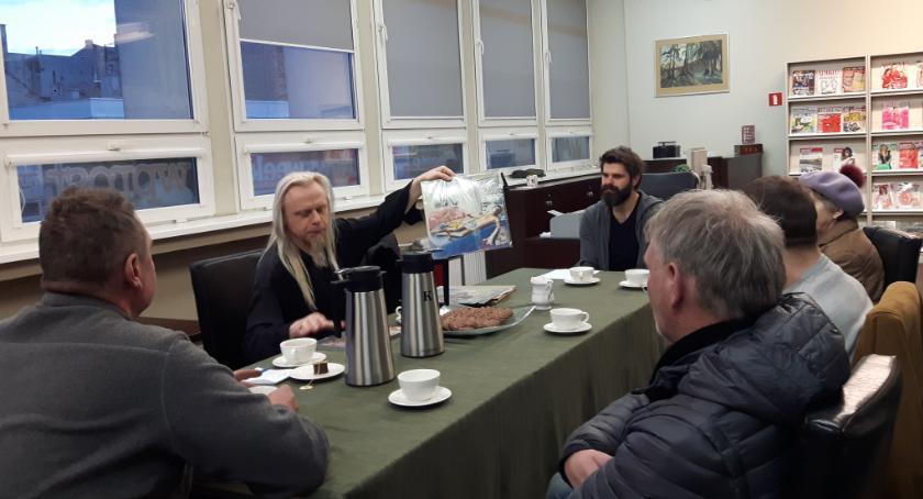 Spotkania, Spotkanie wielbicieli czarnych krążków - zdjęcie, fotografia