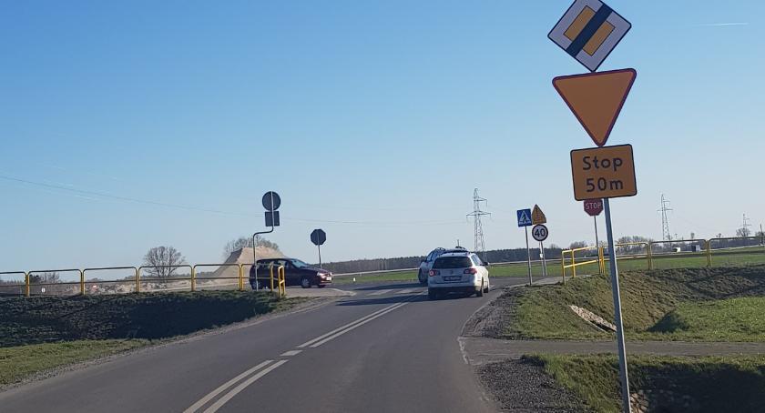 Nieoświetlone skrzyżowanie w Inowrocławiu