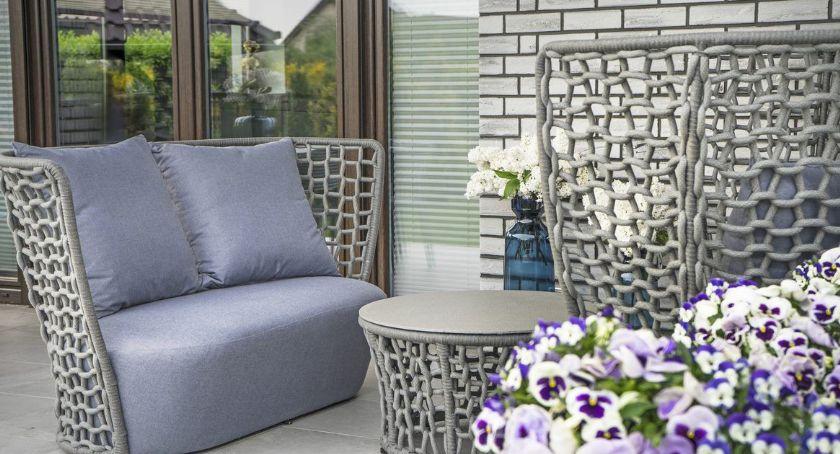 Designerskie meble ogrodowe, czyli salon na świeżym powietrzu