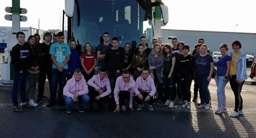 Wycieczka do Francji młodzieży z ZS im. Jana Pawła II w Kościelcu