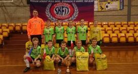 MAŁY PIŁKARZ zwycięża w turnieju Niepodległościowym w Gnieźnie
