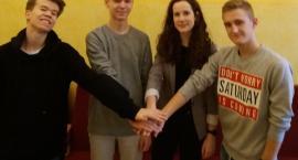 Drużyna z II LO w finale ogólnopolskiego konkursu literacko-historycznego
