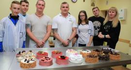 W Rzemieślniku uczniowie szkolą się z dekoracji tortów