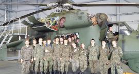 Uczniowie z Kościelca w Bazie Lotniczej