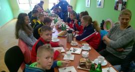 Przekazali sprzęt sportowy inowrocławskim klubom