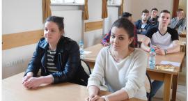 Wojewódzki laur konkursu wiedzy o bhp  dla Uczennicy Rzemieślnika