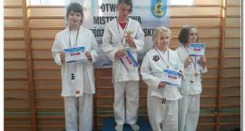 Grand Prix Karate Puck