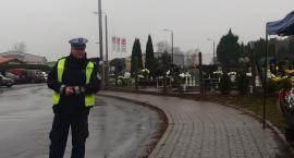 Policjanci dbają o bezpieczeństwo na drogach i apelują o rozwagę!