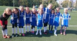Młode piłkarki z SP 6 wygrywają turniej