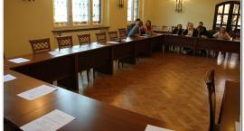 MRMI: miała być ostatnia sesja, skończyło się na ...spotkaniu