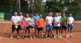 Tenisiści rywalizują o puchar dyrektora