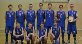 Koszykarze z III LO z braowym medalem Licealiady