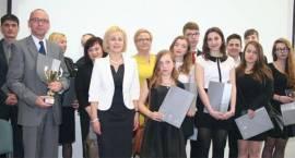 Nagrody i gratulacje dla najzdolniejszych gimnazjalistów