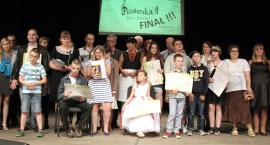 Piosenka bez barier rozbrzmiewała w Teatrze Miejskim (TV)