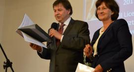 Uroczyste wręczenie raportu z ewaluacji w III LO
