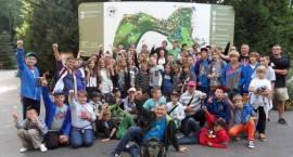 Młodzi inowrocławianie ślą pozdrowienia z obozu w Sopocie