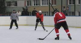 Chcesz zagrać w hokeja?